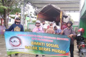 Diserbu Ludes, Bazar Beras Murah LBM Wirausaha Muda Indonesia DPC Bojonegoro